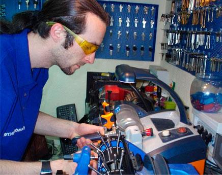 Изготовление ключей для мотоцикла 2